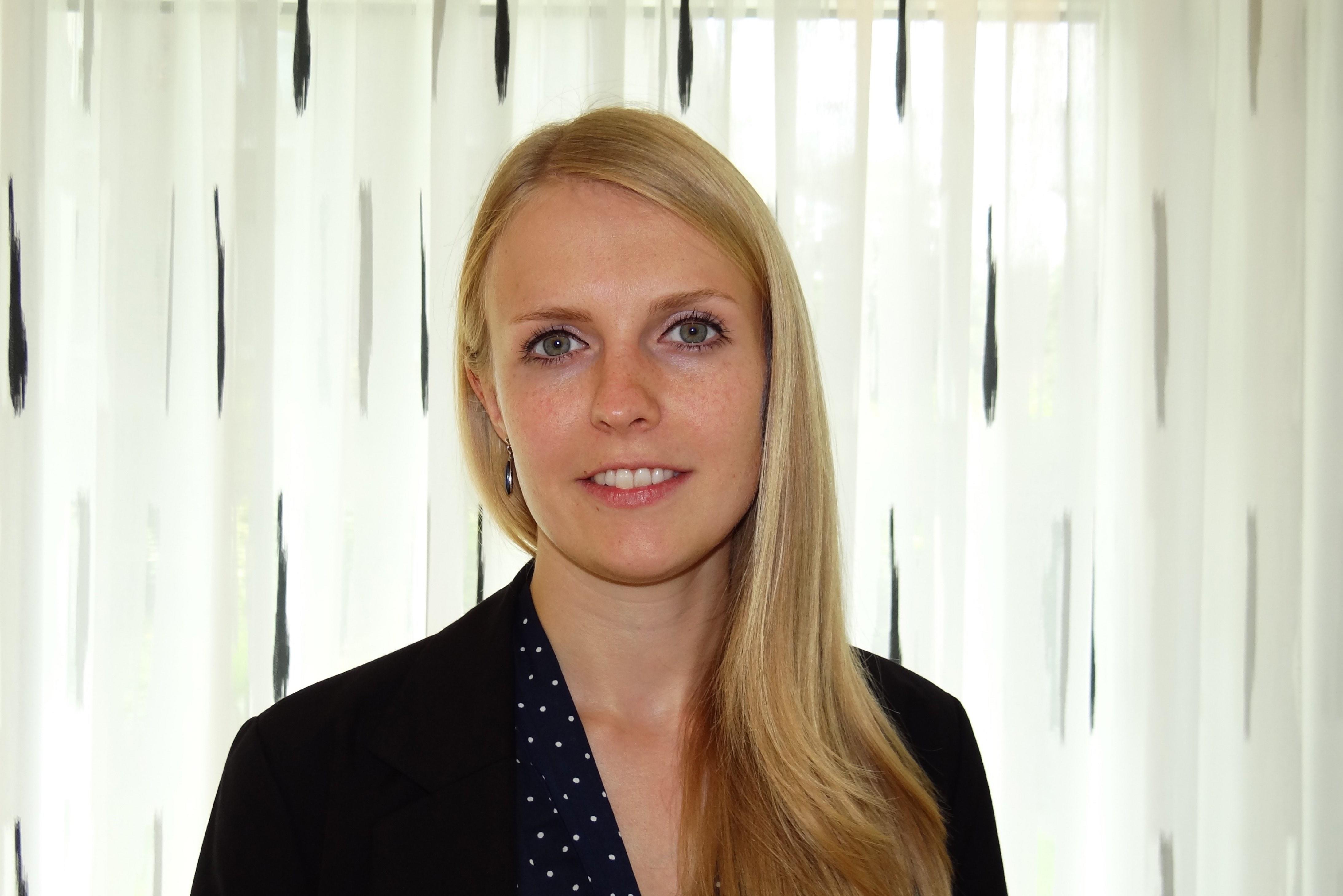 Dr. Frauke Renz